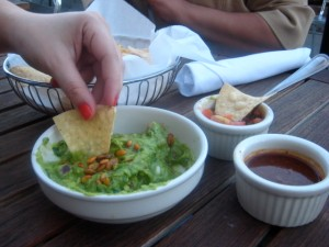 Yxta, uncouth gourmands, guacamole